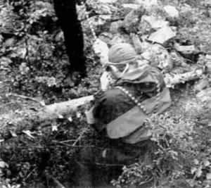 Лаз, показанный лопарями экспедиции Барченко